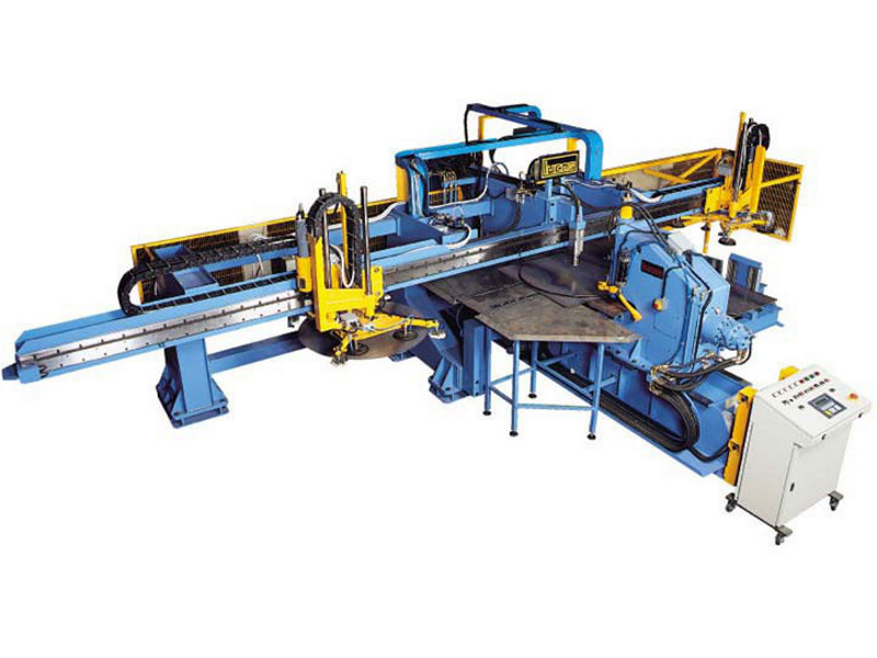 Automatic plant for cutting discs from square pieces model 1800 / 10